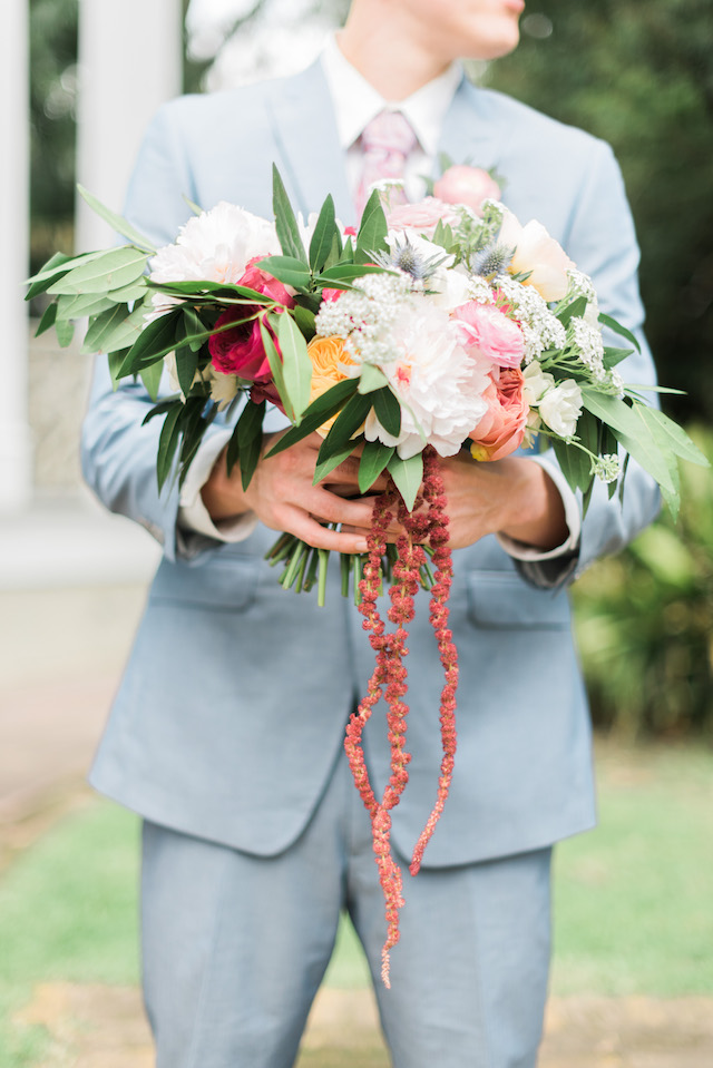 Colorful bridal bouquet | Brittany Schlamp Photography