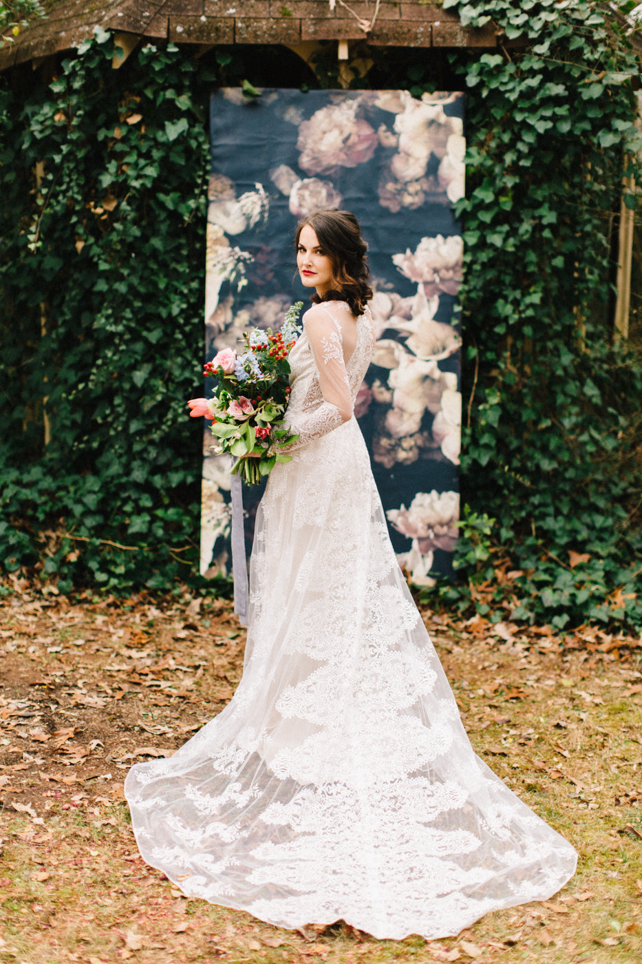 Backyard Elopement Inspiration for Valentine's Day - photo by 4 Corners Photography http://ruffledblog.com/backyard-elopement-inspiration-for-valentines-day
