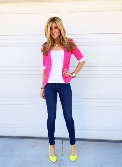 With white top, skinny jeans and yellow pumps