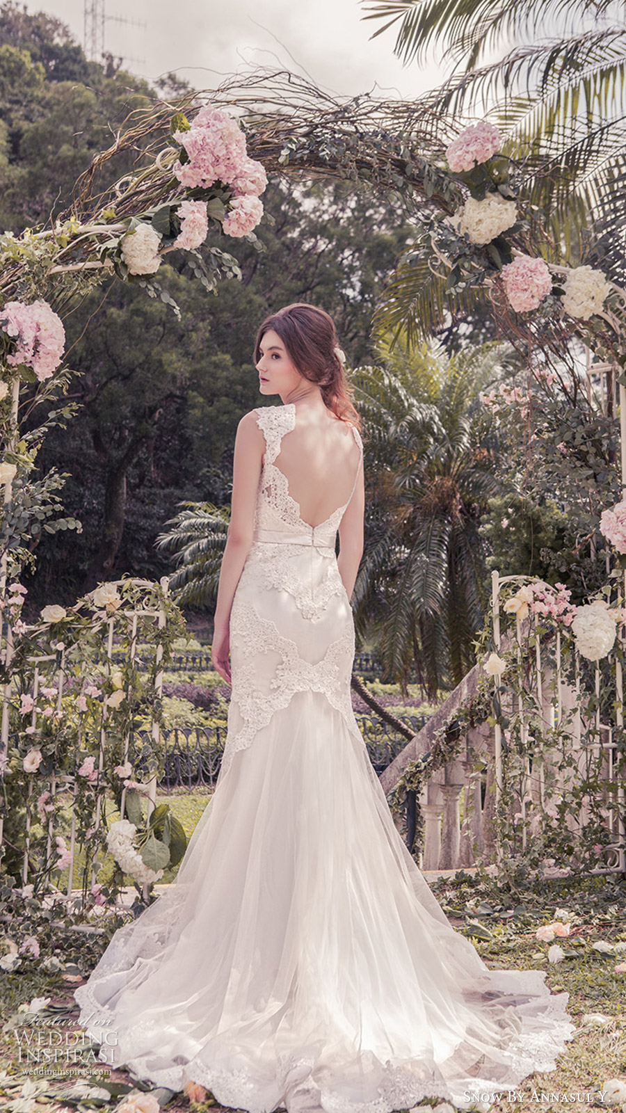 snow annasul y 2017 bridal (sa3262b) sleeveless queen anne mermaid sheath lace wedding dress bv open back train