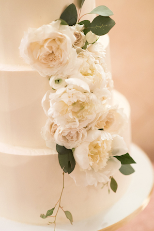 White peony wedding cake | Starfish Studios