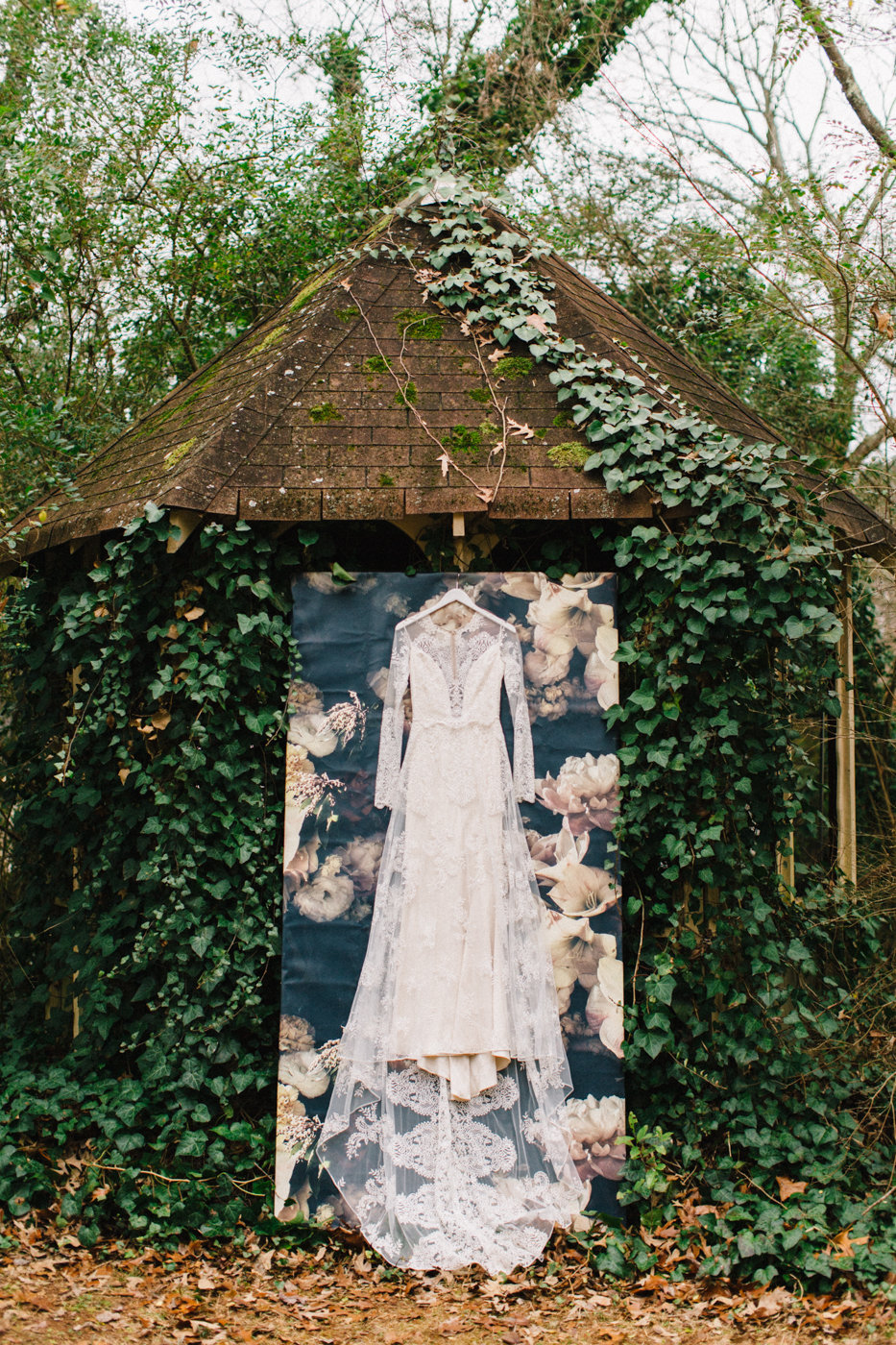 Claire Pettibone wedding dresses - photo by 4 Corners Photography http://ruffledblog.com/backyard-elopement-inspiration-for-valentines-day