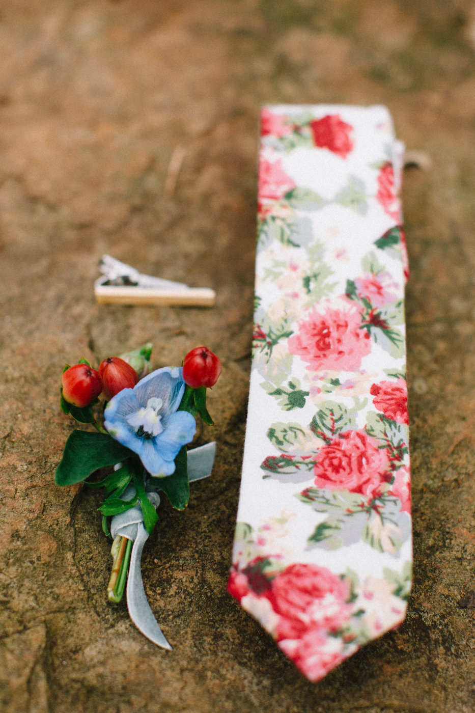 groom accessories - photo by 4 Corners Photography http://ruffledblog.com/backyard-elopement-inspiration-for-valentines-day