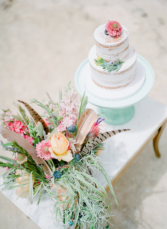 Southwest wedding style wedding cake | Green Blossom Photography