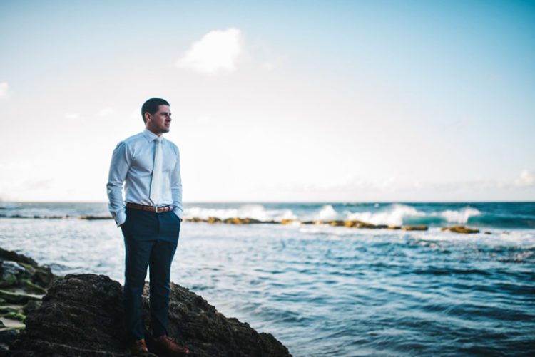 A marvelous groom portrait on the seashore