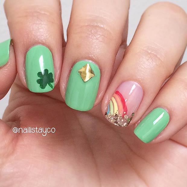 Cute Gold and Rainbow Nails for St Patrick's Day