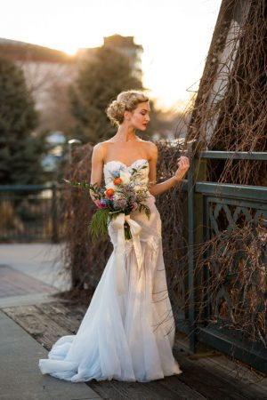 Beautiful outdoor bridal picture - Aldabella Photography