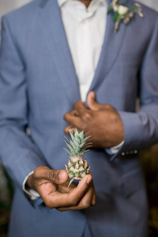 Mini pineapple | #aislesocietyexperience @aislesociety presented by @minted | Brkyln View Photography
