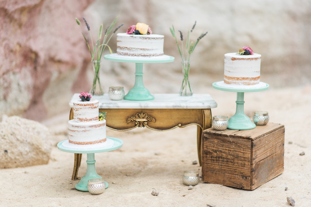 Trio of wedding cake | Green Blossom Photography