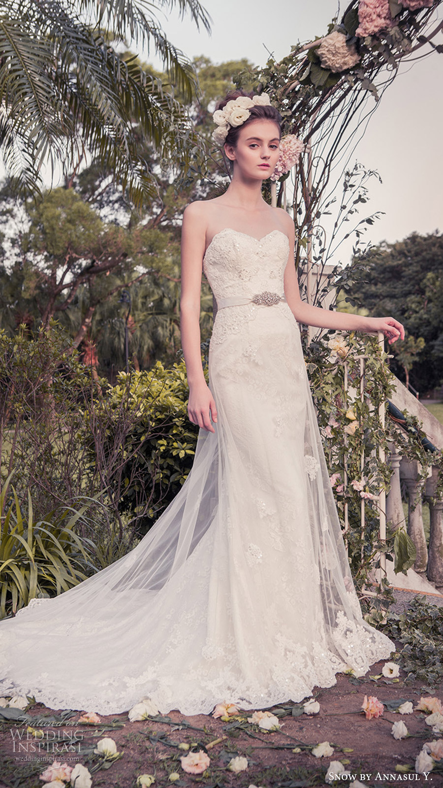 snow annasul y 2017 bridal (sa3334b) strapless sweetheart trumpet sheath beded lace wedding dress mv sheer overskirt
