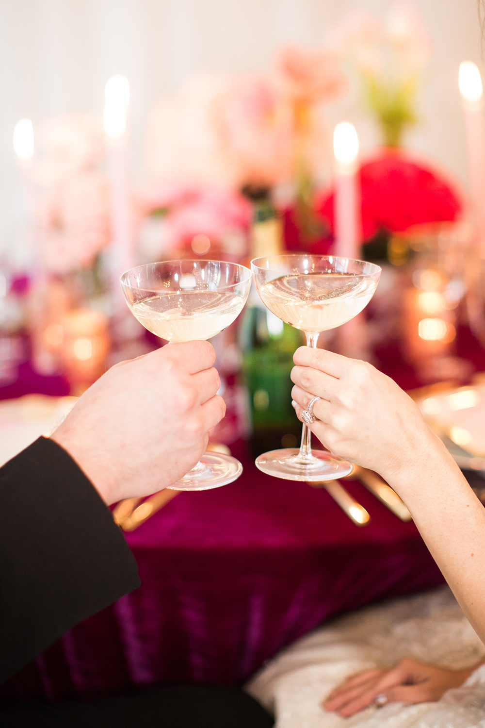 wedding toasts - photo by Erin Stubblefield http://ruffledblog.com/chic-city-valentines-day-wedding-inspiration