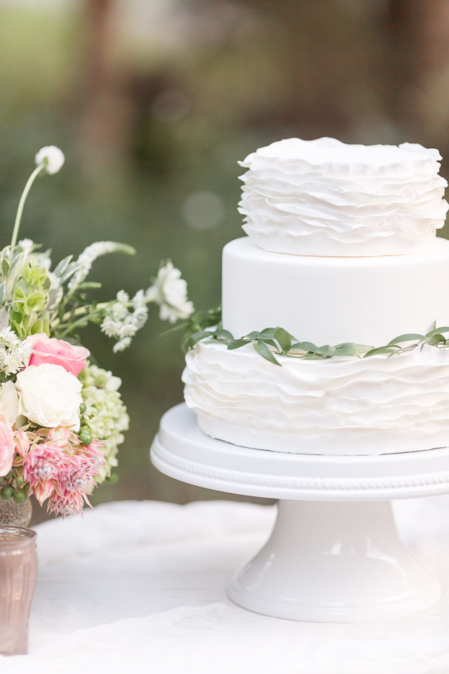 White ruffled wedding cake | Chris Loring Photography