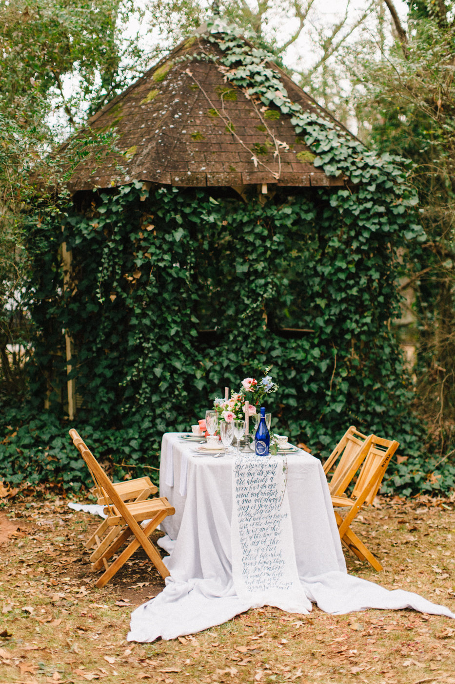 garden weddings - photo by 4 Corners Photography http://ruffledblog.com/backyard-elopement-inspiration-for-valentines-day