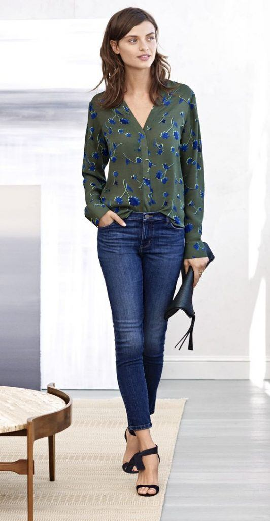 what top to wear with jeans women