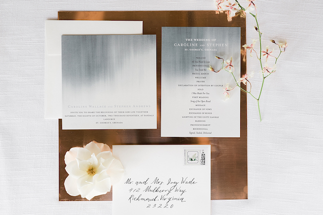 Watercolor inspired wedding invitations | #aislesocietyexperience @aislesociety presented by @minted | Brkyln View Photography