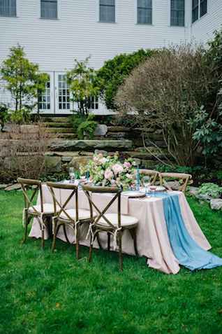 Outdoor farm table reception | Greta Tucker Photographer