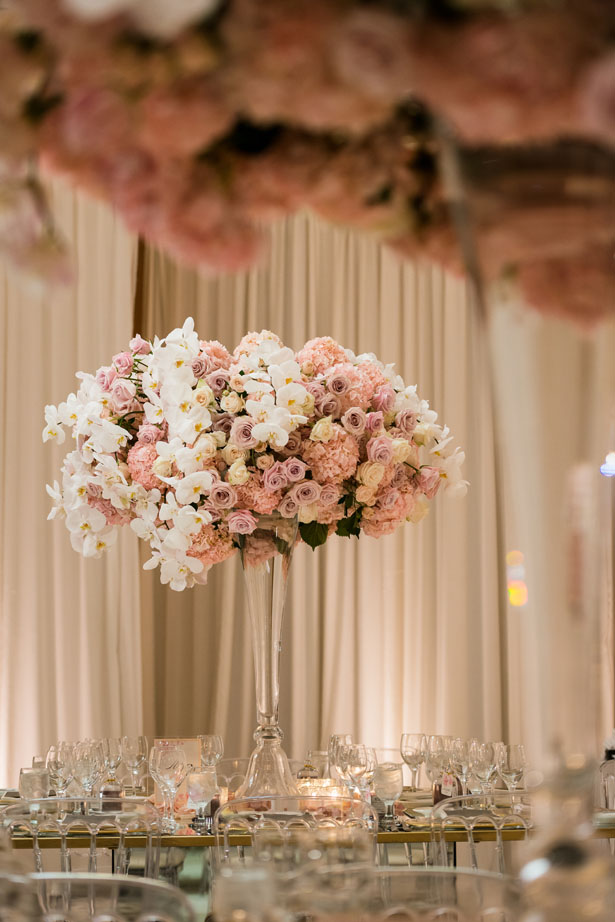 Tall wedding table centerpiece - Lin And Jirsa Photography