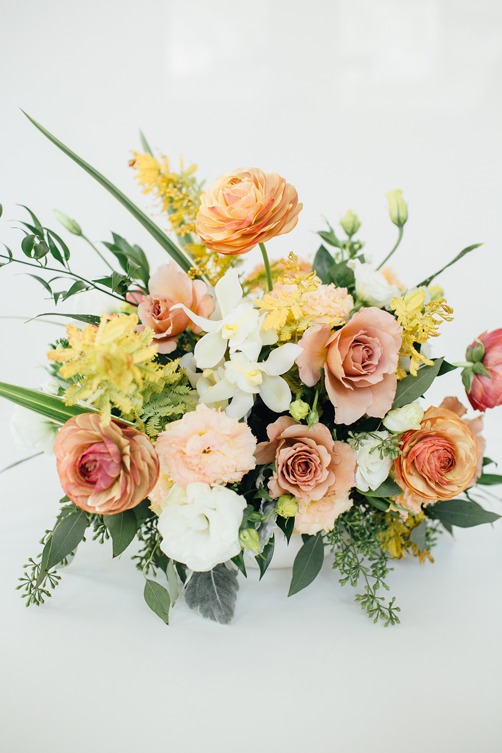 spring flowers - http://ruffledblog.com/design-your-first-home-together-with-bloomingdales-registry