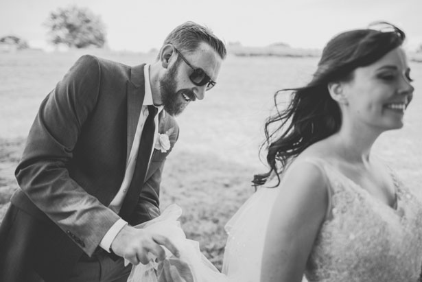 Bride and groom photo ideas - Sam Hurd Photography