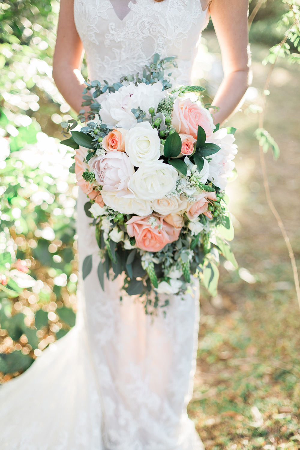 garden wedding bouquets - photo by Landon Hendrick Photography http://ruffledblog.com/southern-garden-chic-wedding-inspiration