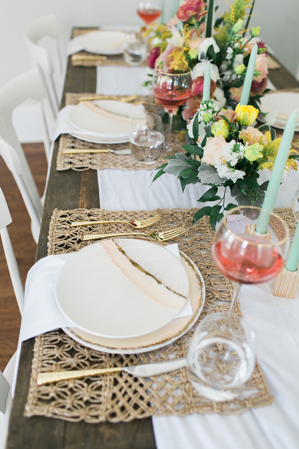 floral tablescapes - http://ruffledblog.com/design-your-first-home-together-with-bloomingdales-registry