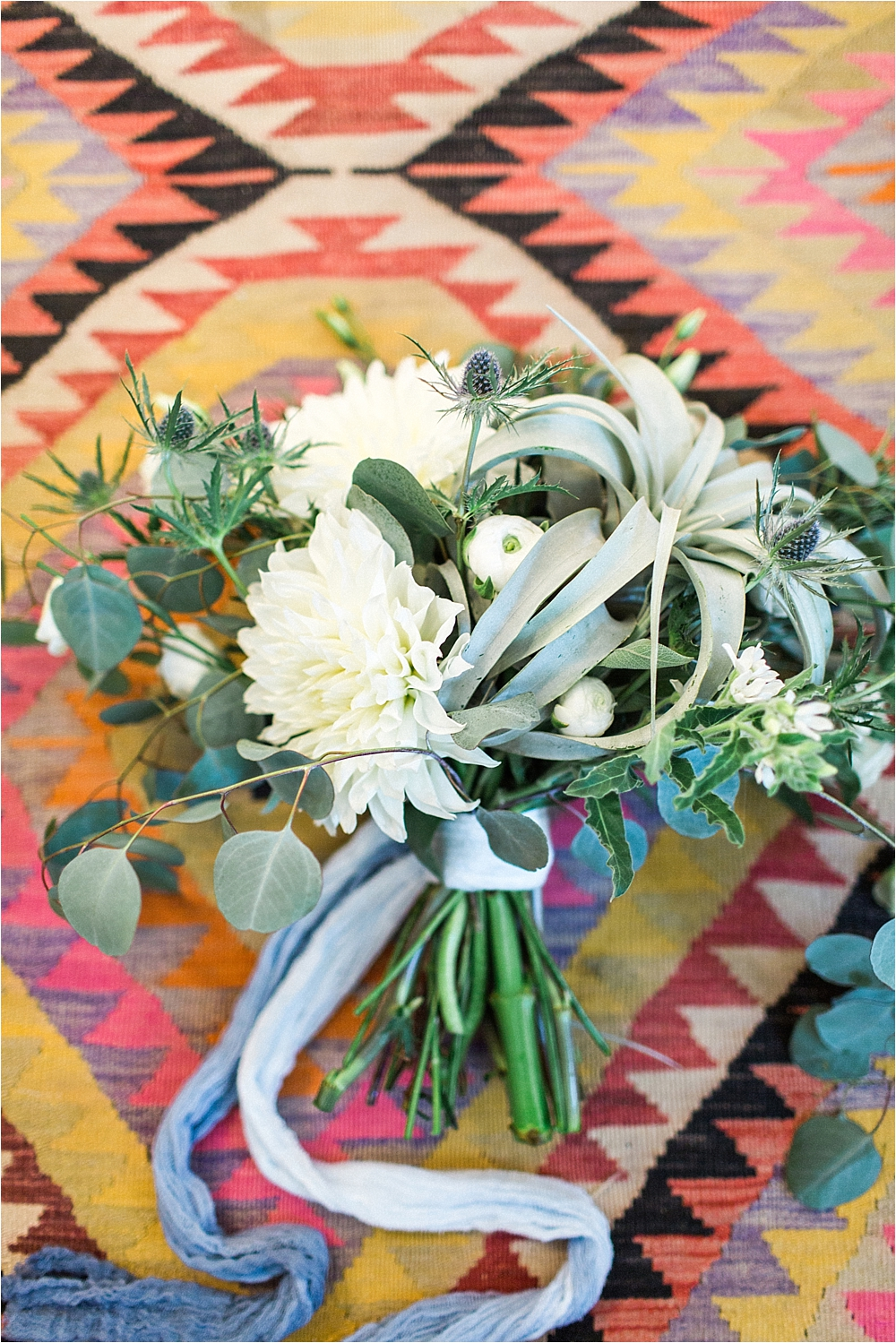 air plant bouquets - photo by Flora and Fauna http://ruffledblog.com/modern-bohemian-wedding-with-an-air-plant-bouquet