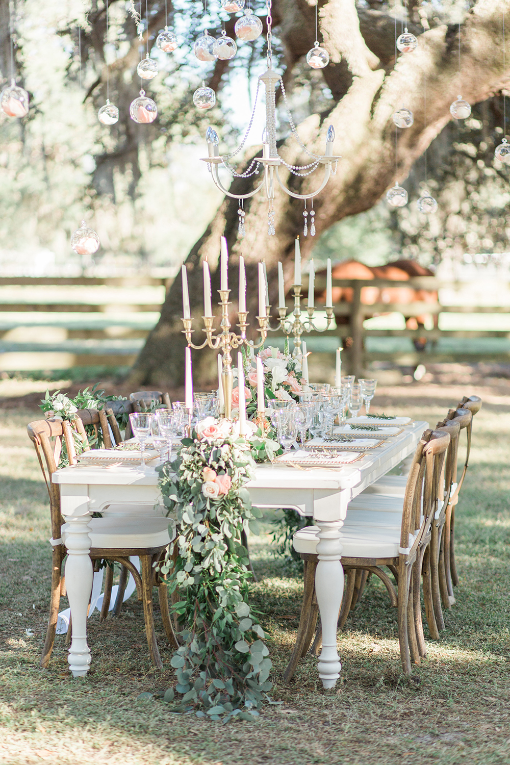 wedding tablescapes - photo by Landon Hendrick Photography http://ruffledblog.com/southern-garden-chic-wedding-inspiration