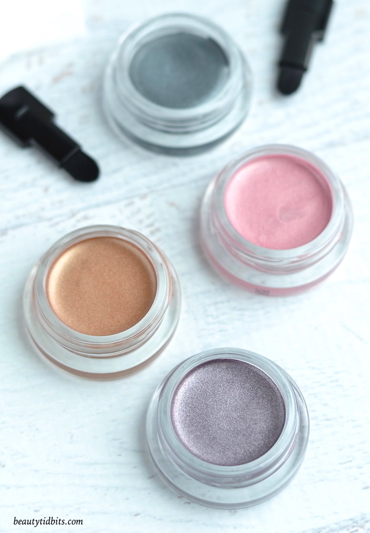 If you like creme eyeshadows, you NEED to try these new drugstore darlings from Revlon ColorStay™!