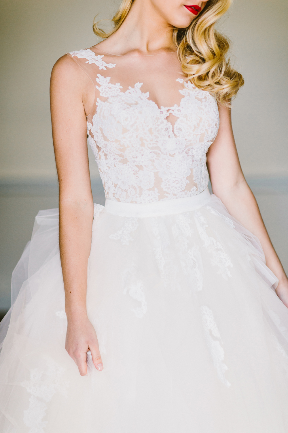 Drool worthy wedding gowns we cant stop looking at - http://ruffledblog.com/drool-worthy-wedding-gowns-we-cant-stop-looking-at