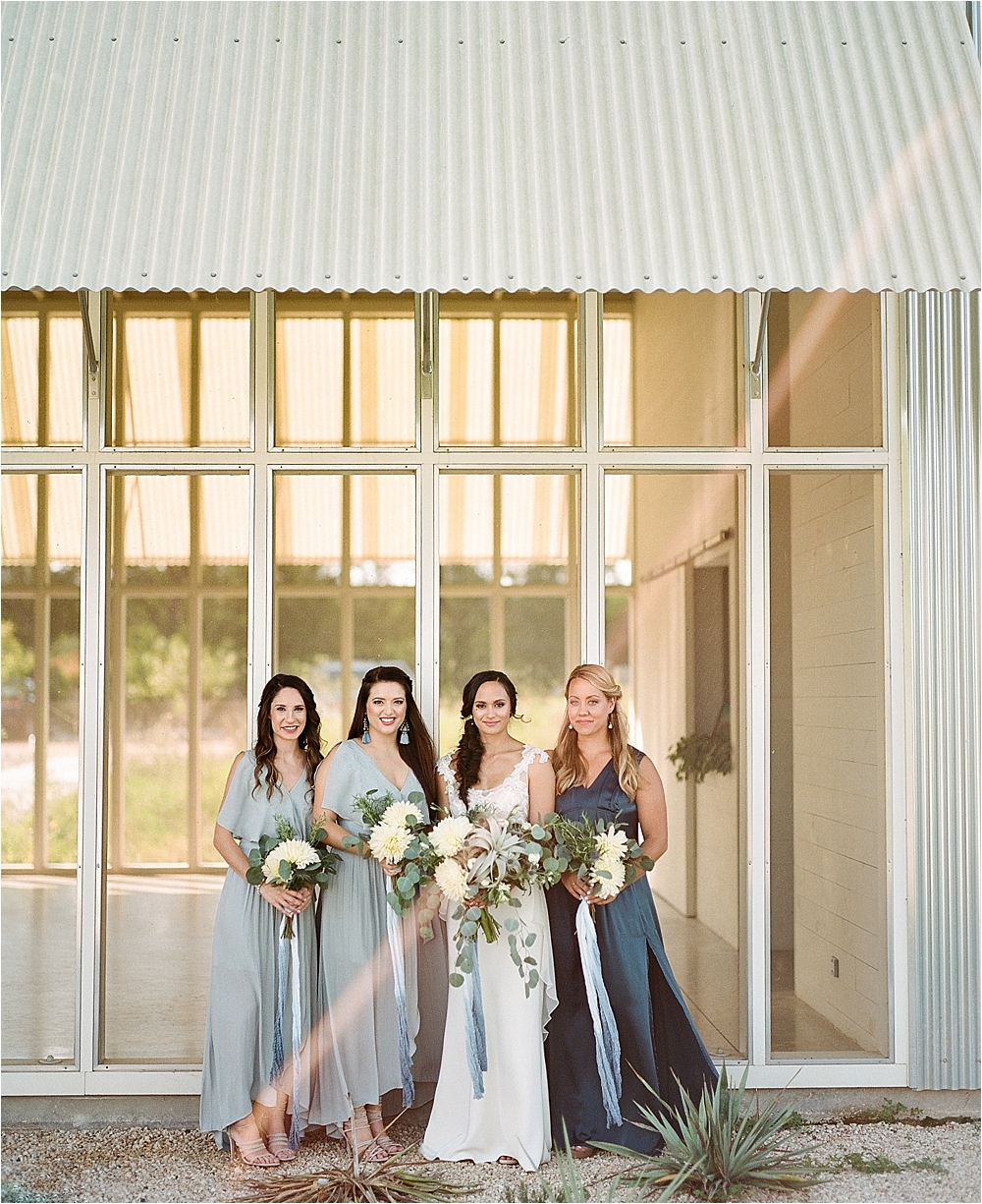 bride and bridesmaids - photo by Flora and Fauna http://ruffledblog.com/modern-bohemian-wedding-with-an-air-plant-bouquet