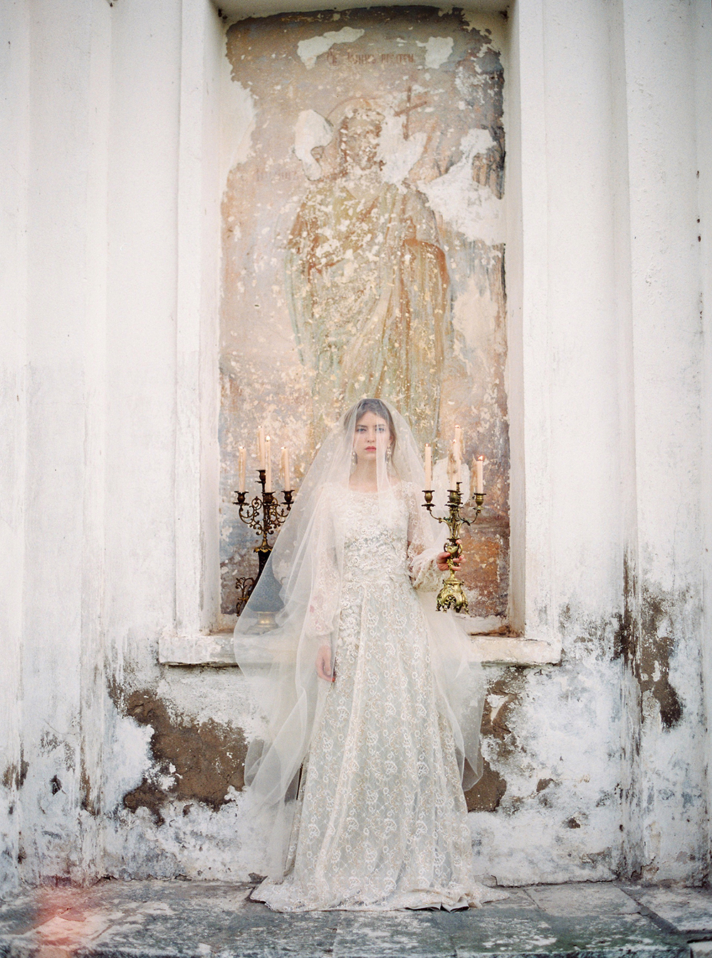Russian Swan Princess Bridal Inspiration - photo by Zhenya Savina http://ruffledblog.com/russian-swan-princess-bridal-inspiration
