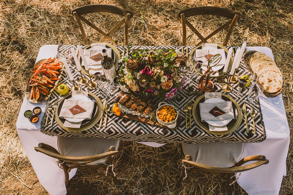 wedding tables - photo by Michelle Roller http://ruffledblog.com/wild-safari-inspiration-shoot-with-a-jeep