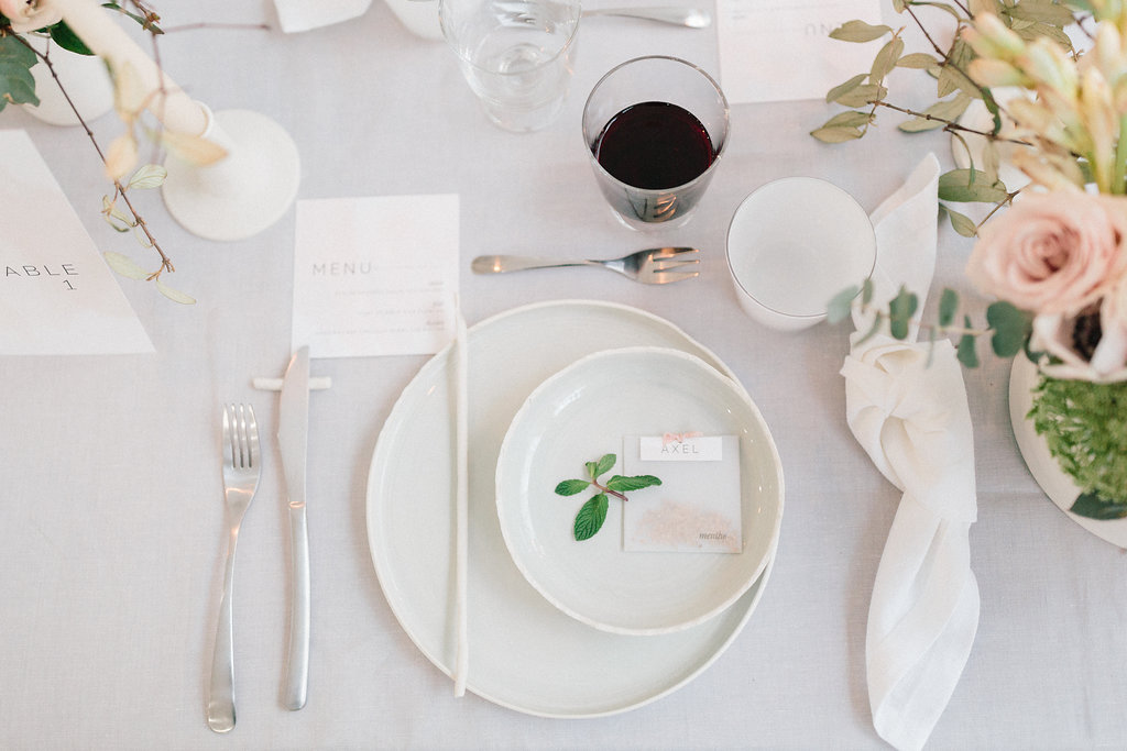 garden place settings - photo by Julien Bonjour Photographe http://ruffledblog.com/airy-industrial-wedding-inspiration-for-spring
