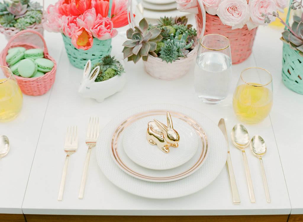 Easter table settings - photo by The Happy Bloom http://ruffledblog.com/happy-bright-easter-party-inspiration
