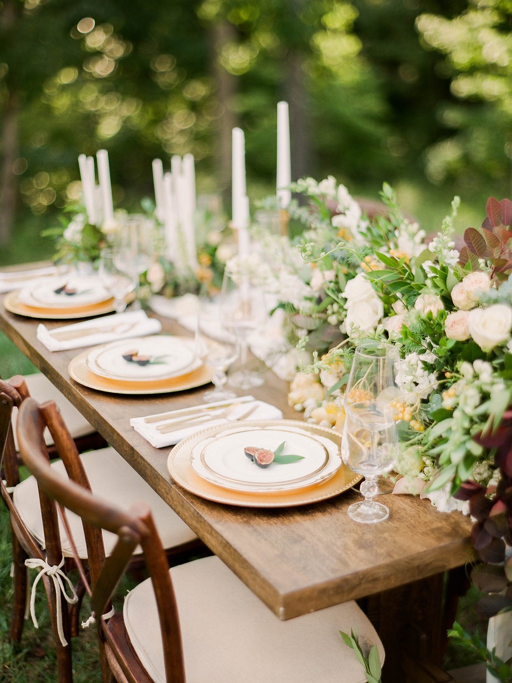 romantic tablescapes - photo by Shannon Duggan Photography http://ruffledblog.com/elegant-chateau-wedding-inspiration-in-st-louis
