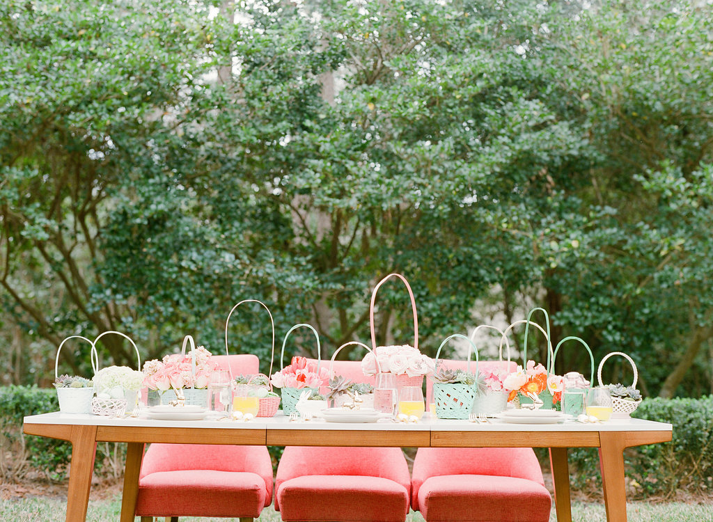 Easter weddings - photo by The Happy Bloom http://ruffledblog.com/happy-bright-easter-party-inspiration