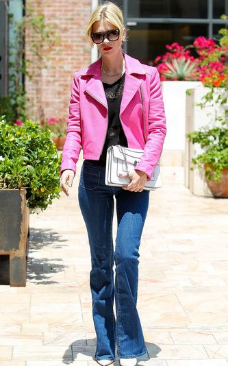 Ideas to wear Bootcut jeans with style (6)