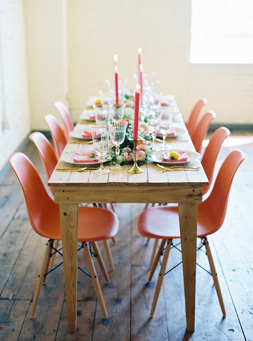 wedding receptions - photo by Jessica Gold Photography http://ruffledblog.com/vibrant-summer-wedding-inspiration-with-fun-colors