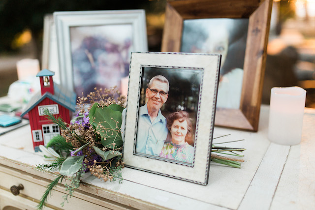 Remembering loved ones at weddings | Jenny Quicksall Photography