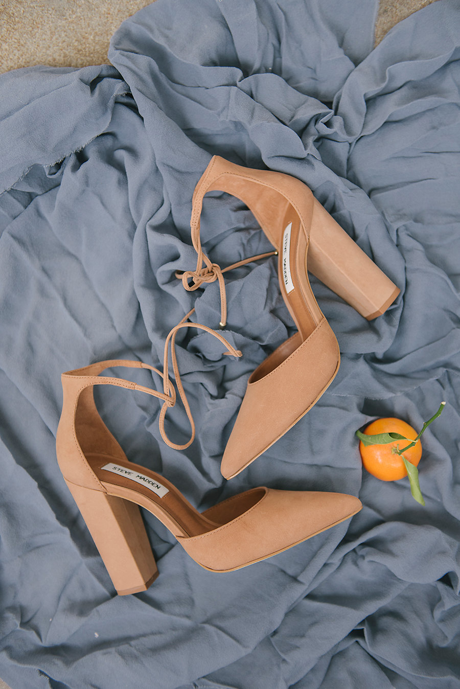 nude wedding shoes - photo by Ashlee Brooke Photography http://ruffledblog.com/summertime-citrus-wedding-inspiration