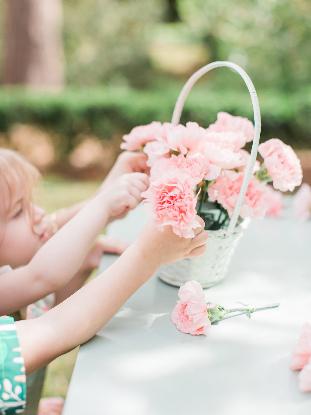 flower arranging - photo by The Happy Bloom http://ruffledblog.com/happy-bright-easter-party-inspiration