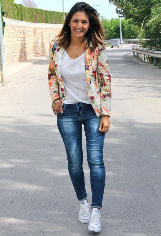 blue jeans, a white tee, a floral blazer and white Converse