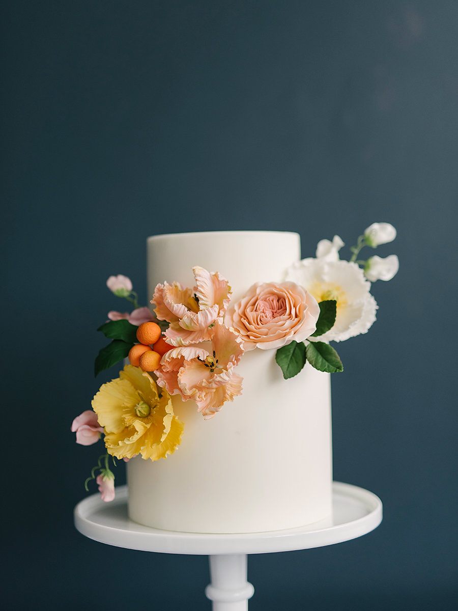 sugar flower cakes - photo by Ashlee Brooke Photography http://ruffledblog.com/summertime-citrus-wedding-inspiration
