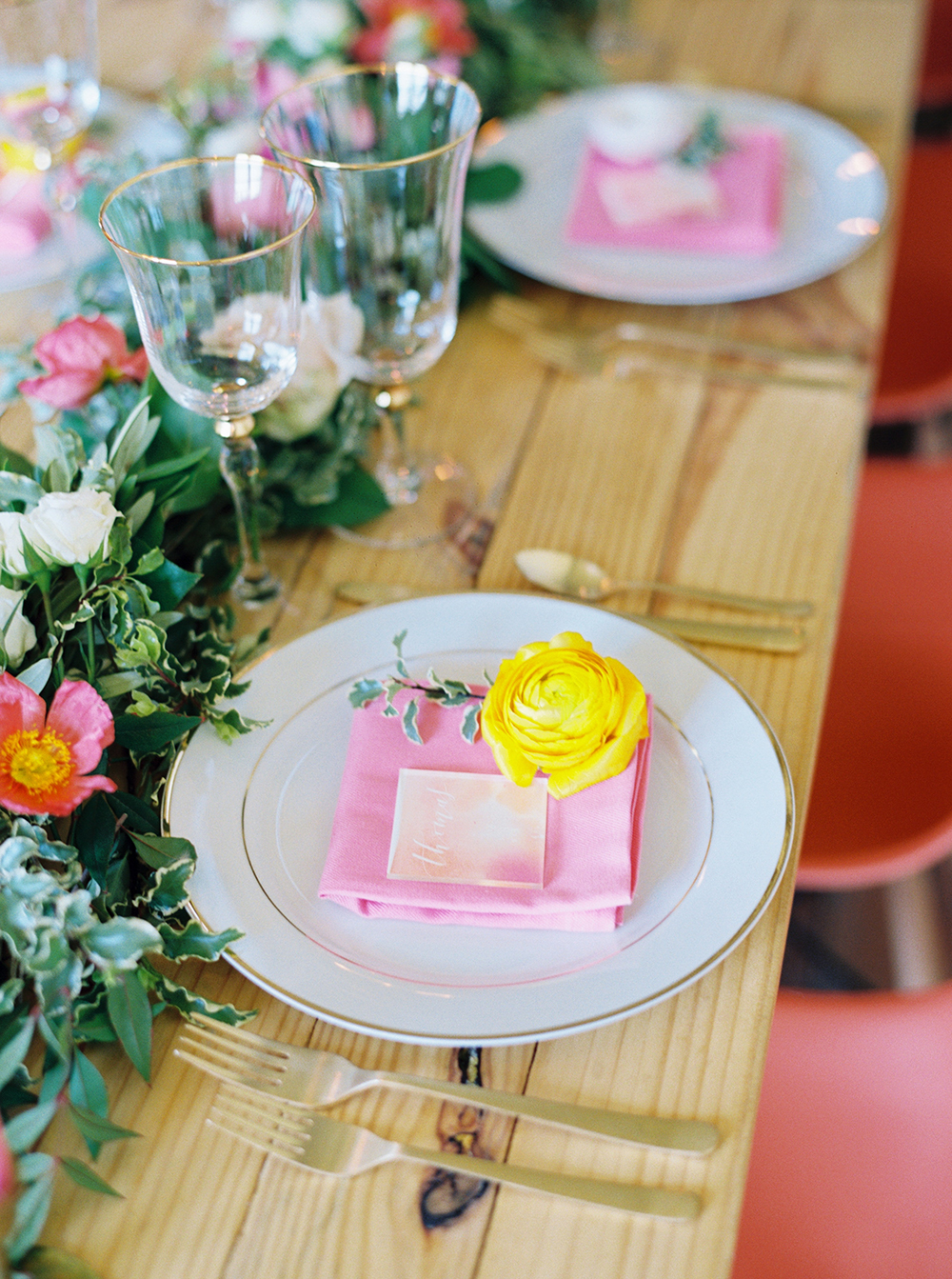 wedding tablescapes - photo by Jessica Gold Photography http://ruffledblog.com/vibrant-summer-wedding-inspiration-with-fun-colors