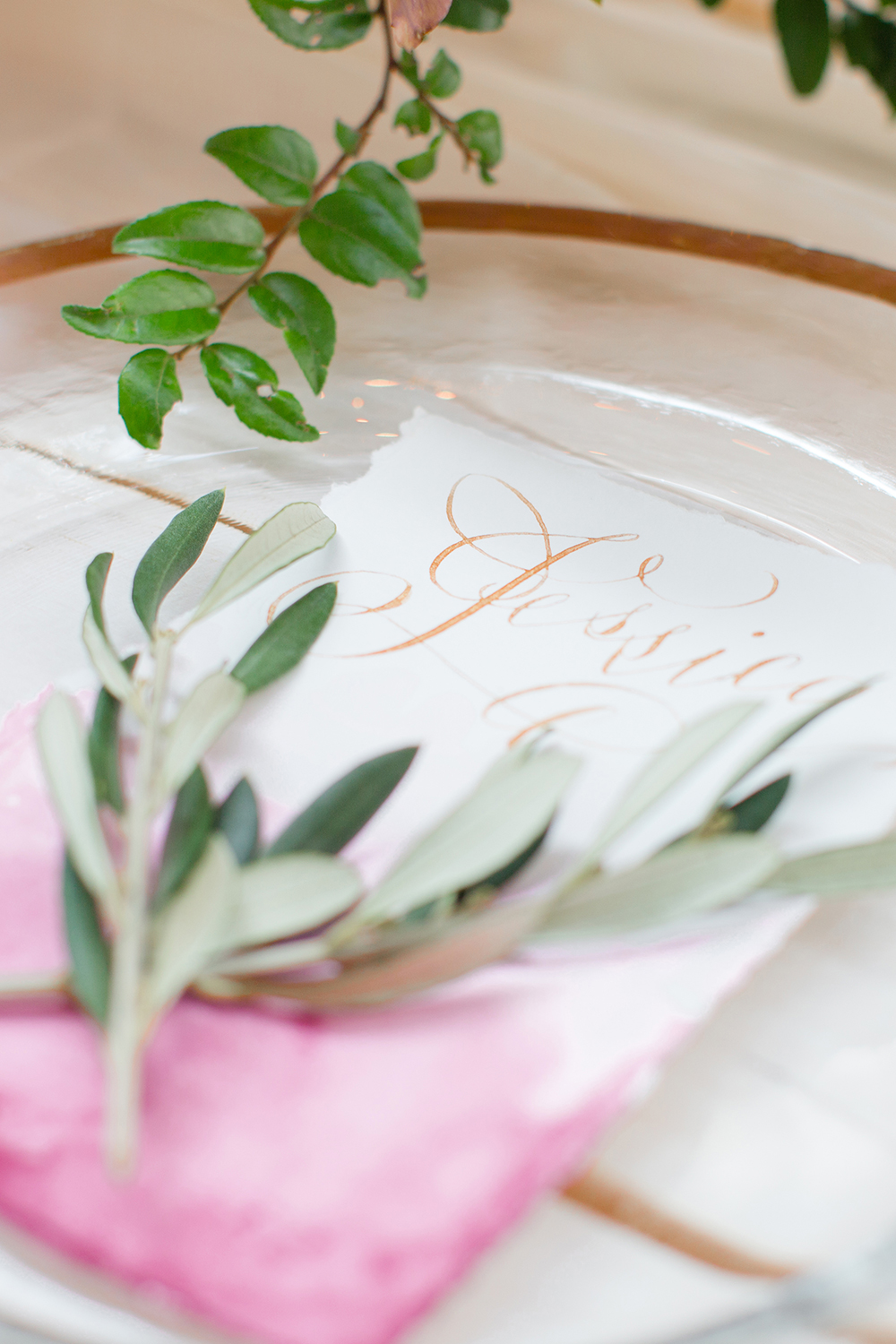 wedding table details - photo by Lauren Lee Photography http://ruffledblog.com/modern-grecian-inspired-wedding-ideas