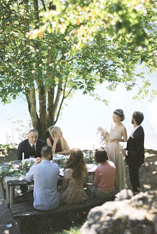 Intimate lakeside wedding | Svetlana Cozlitina Photography