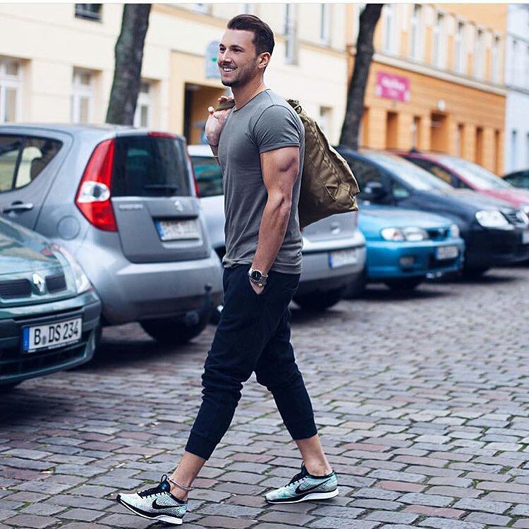 Men's workout outfits (10)