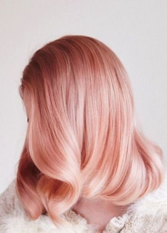 blorange locks look very elegant and vintage-like