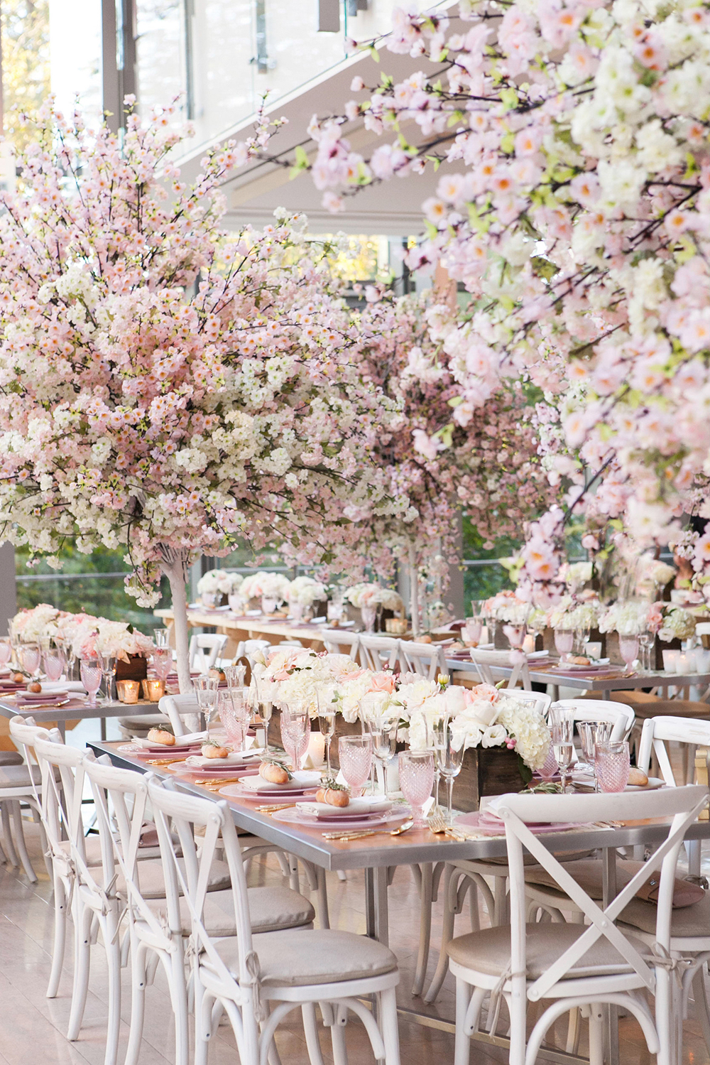 pink floral wedding receptions - photo by 5ive15ifteen http://ruffledblog.com/elegant-wedding-at-the-toronto-royal-conservatory-of-music