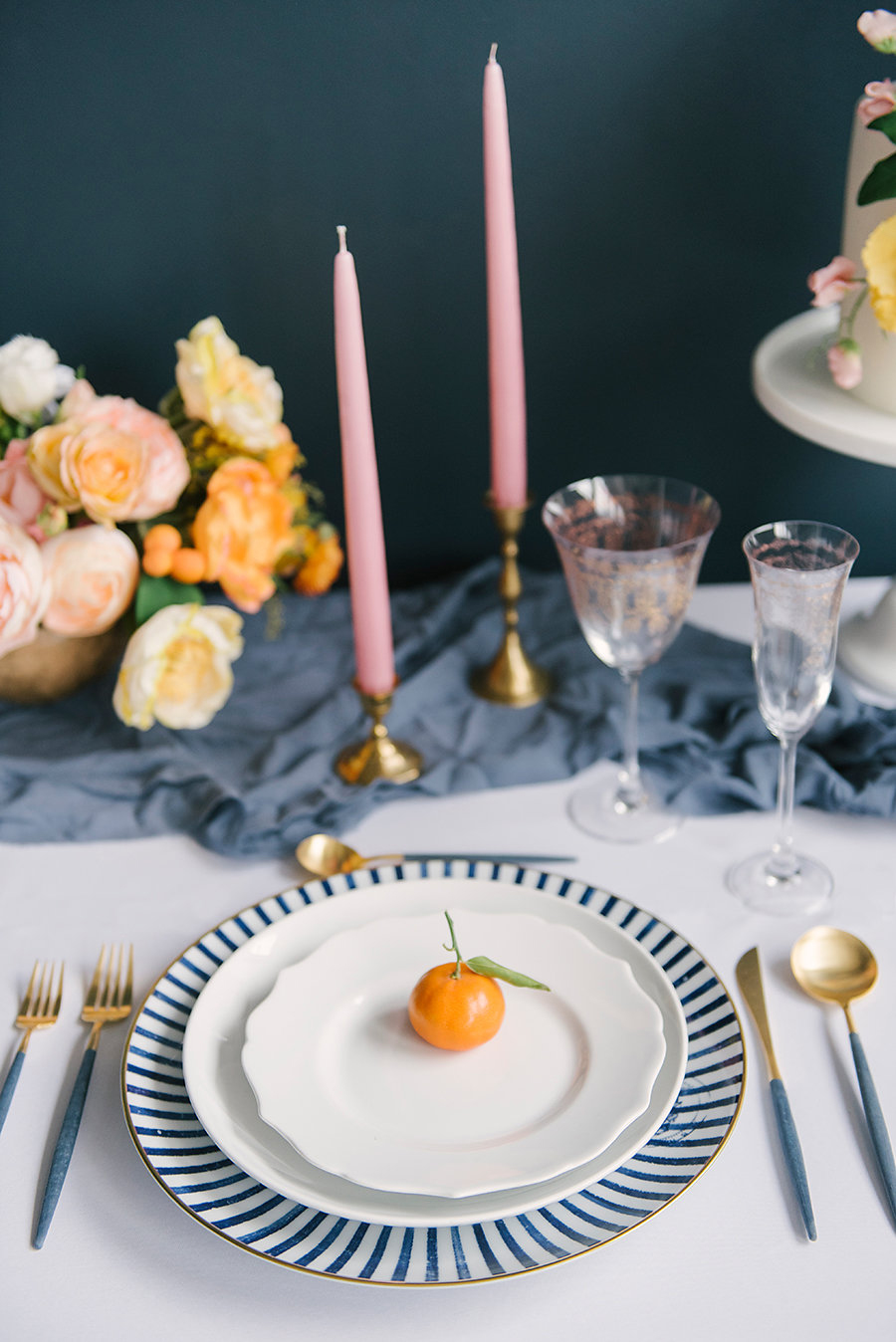 blue and orange weddings - photo by Ashlee Brooke Photography http://ruffledblog.com/summertime-citrus-wedding-inspiration